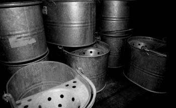 Janitor buckets